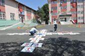 Okul Bahçeleri Renklendiriliyor