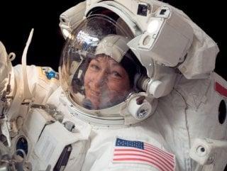 ABD'li kadın astronottan uzayda yürüyüş rekoru