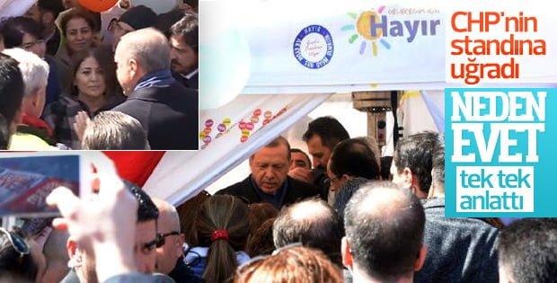 Erdoğan CHP'nin 'hayır' standına uğradı