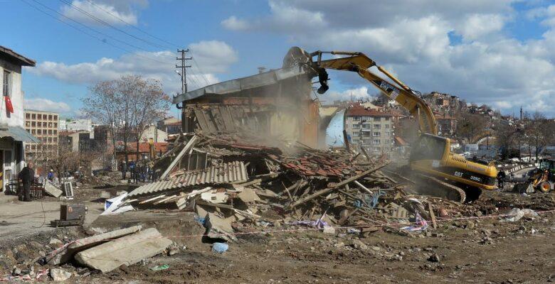8 yıl içinde 20 bin gecekondu yıkıldı