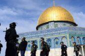İsrail Mescid-i Aksa'yı ibadete açtı