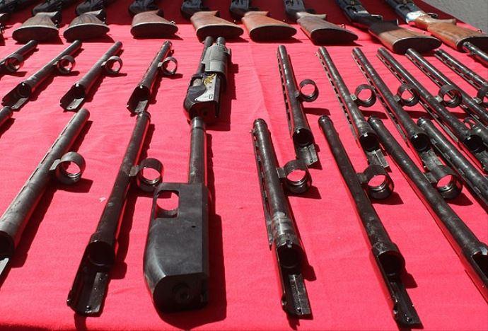 Almanya: Türkiye'ye silah sevkiyatını durdurduk
