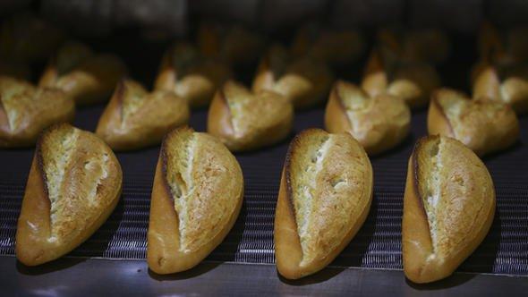 Ekmek israfına karşı 'iadesiz satış'