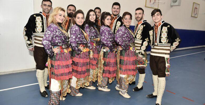 Mamak folklorde Ankara birincisi oldu