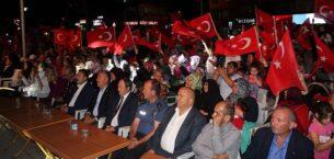 """""""Ezan dinmeyecek, bayrak inmeyecek, vatan bölünmeyecek"""""""