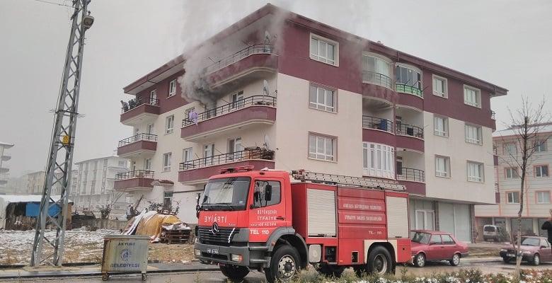 Akyurt'ta Yangın: 1 Yaralı