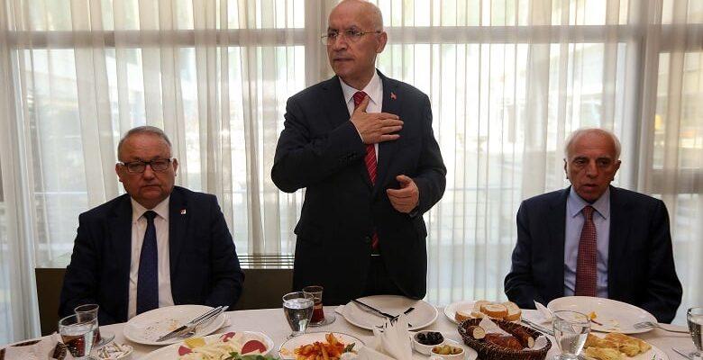 Başkan Yaşar'dan Meclis Üyelerine: Kapılarınızı Açın
