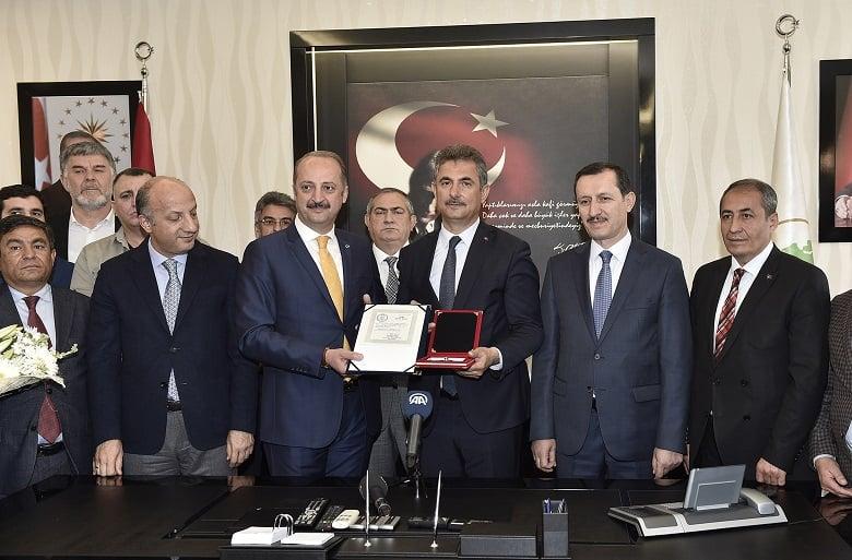 Murat Köse: Mazbata da mühür de milletimizindir