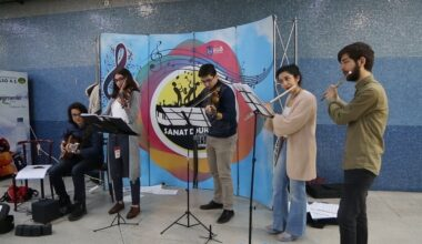 Metrolarda Müzik Sesi Yükseliyor