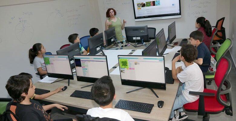 Çocuk Teknoloji Evi'nde Yaz Okulu Başlıyor