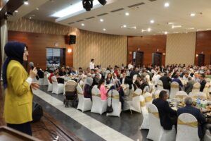 Akyurt Belediyesi'nden Esnafa İftar