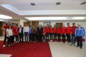 Engel Tanımayan Sporculardan Yaşar'a Ziyaret
