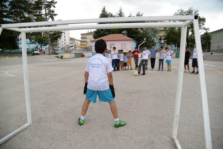 Pursaklar'da Yaz Spor Okulu Kayıtları Başladı