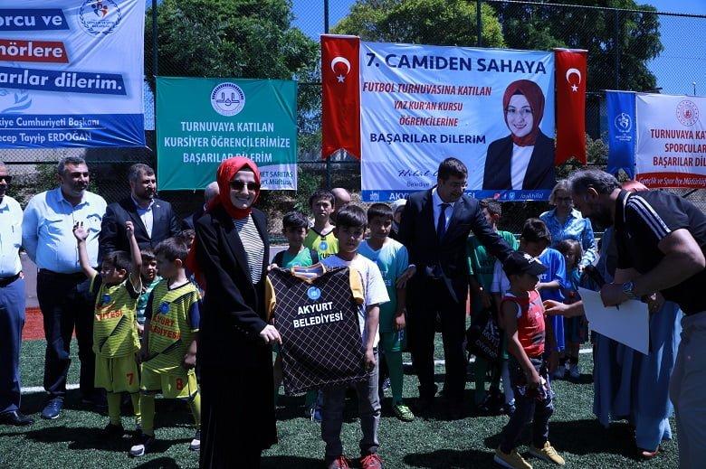 Camiden Sahaya Futbol Turnuvası'nın 7.si başladı