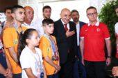 Kick Boksun Türkiye Şampiyonu Keçiören'den