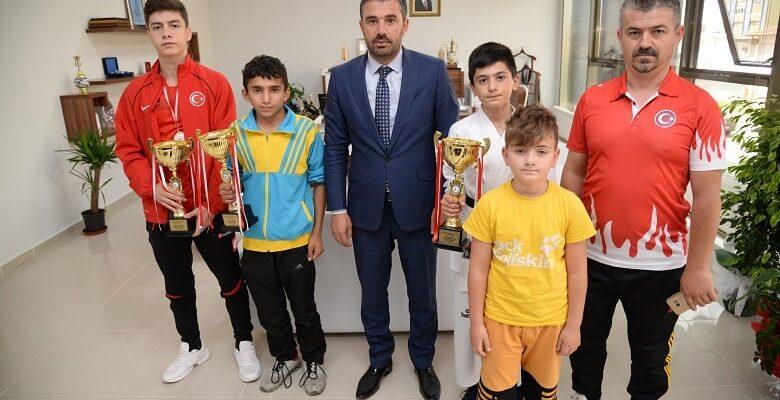 Sporculardan Başkan Ertuğrul Çetin'e Ziyaret