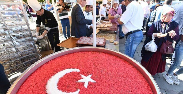 Ankaralılara Aşure İkramı