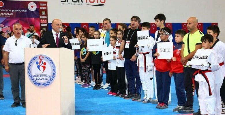 Altınok:Hepiniz Birer Türk Bayrağısınız