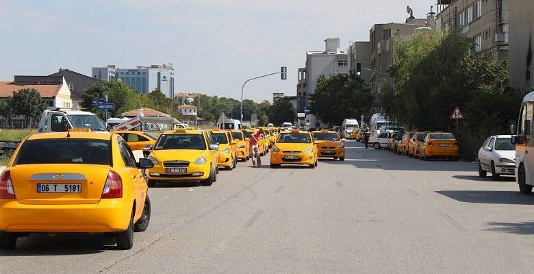 Taksiciler Taksimetre Ayarı İçin Kuyruğa Girdi