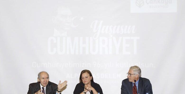 Çankaya Cumhuriyet Konferanslarına Yoğun İlgi