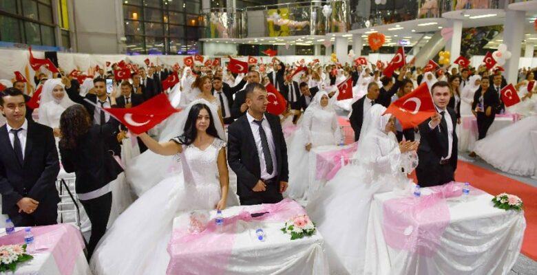 Büyükşehir'den 219 Çifte Nikah Töreni