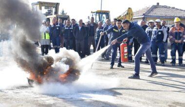 Belediye Çalışanlarına Yangın Tatbikatı