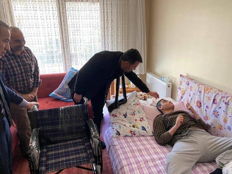 Başkan Ertuğrul Çetin Güne Esnaf ve Hasta Ziyaretleriyle Başlıyor