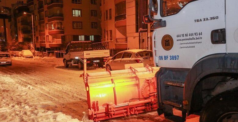 Yenimahalle'de gece kar mesaisi