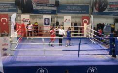 Mamak'ın Altın Yumrukları Ankara Şampiyonu