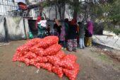 İhtiyaç sahibi ailelere yardımlar devam ediyor