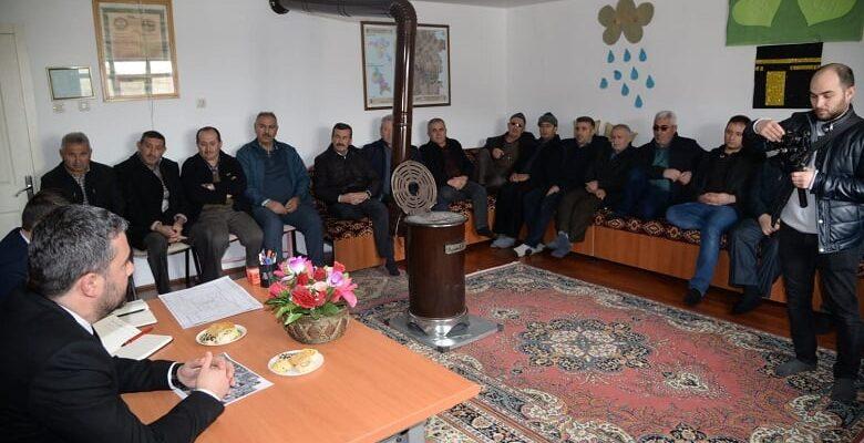 """Başkan Çetin'in mahalle buluşmalarındaki yeni adresi """"Karşıyaka Mahallesi"""""""