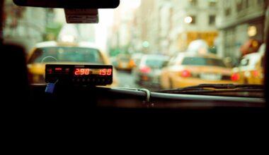 """""""Bir gün yat bir gün çalış, tabi yolcu bulabilirsen"""""""
