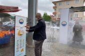 Gölbaşı'nda pazarlara girişler dezenfektan kabininden geçiyor