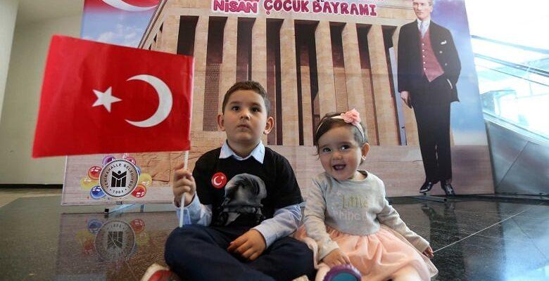 Başkan Yaşar'dan miniklere 100. Yıl Parkı