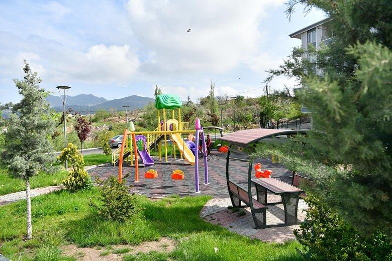 Mamak Belediyesi parkları bakıma aldı