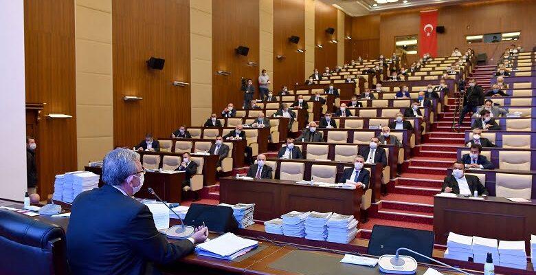 Krediye izin vermeyen meclis üyelerine suç duyurusu