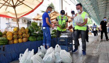 Pursaklar'da 150 bin TL'lik meyve sebze ücretsiz dağıtıldı