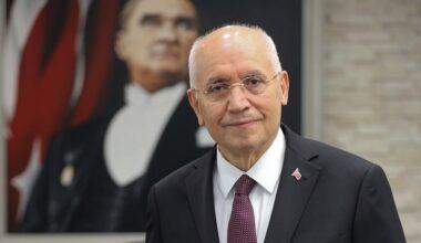 """Yaşar """"Sağlıkla nice bayramlara"""""""