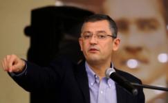 """Özgür Özel: """"Beni darbecilikle suçlayan Ömer Çelik, kendi partisinde eleştirilmiş"""""""