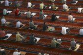 Camilerde 5 vakit namaz yeniden cemaatle kılınacak