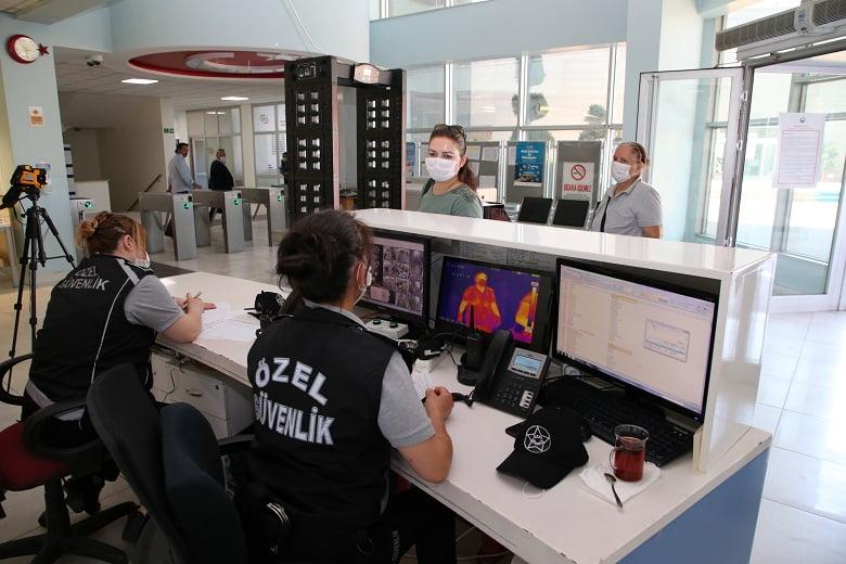 Gölbaşı belediyesi termal kameralar ile girişleri kontrol ediyor