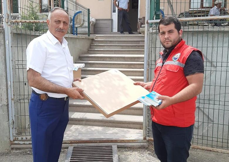 Gölbaşı Belediyesi tek kullanımlık 15 bin seccade dağıttı