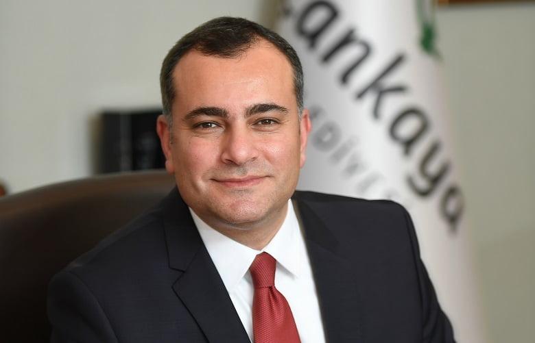 Başkan Taşdelen makam aracını sattı