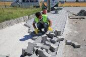 Gölbaşı Belediyesi kaldırımları yeniliyor