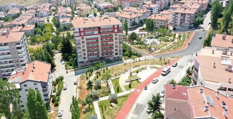 Ali Topuz ve Orhan Birgit Çankaya'da yaşayacak
