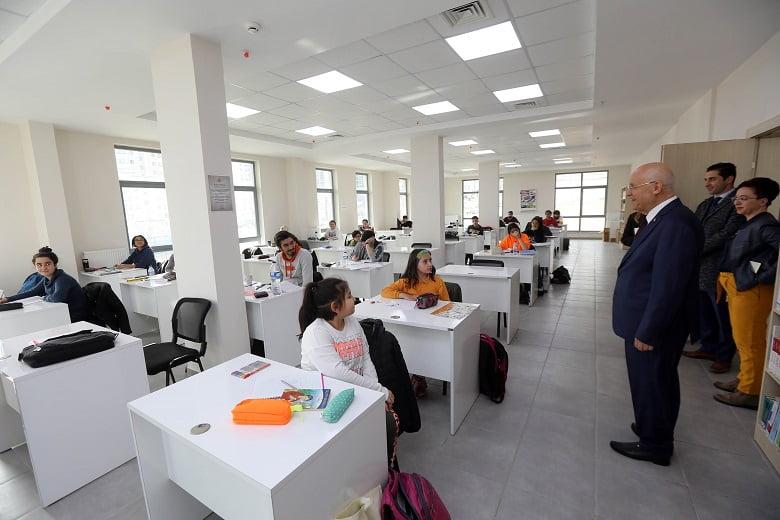 Yenimahalle'nin Destek Eğitim Merkezleri'nde eğitim başlıyor