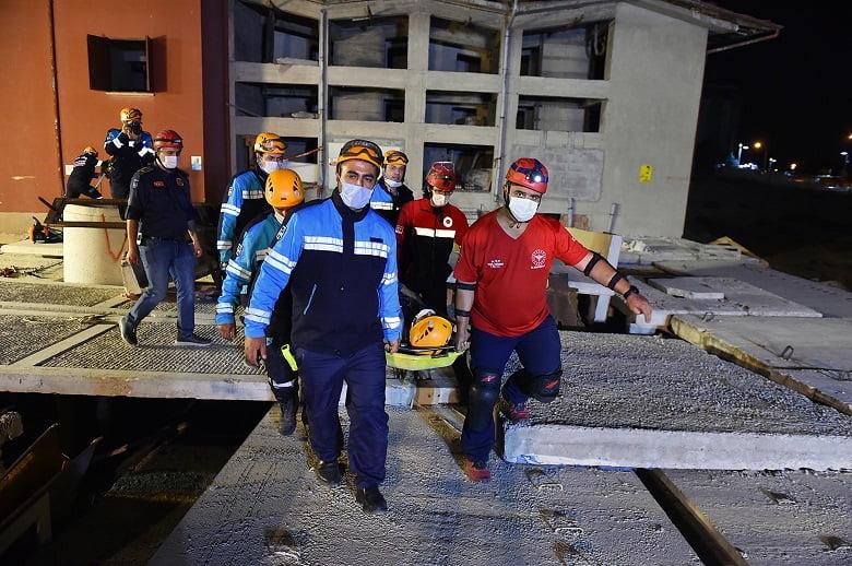 Ankara İtfaiyesi Marmara Depremini unutmadı