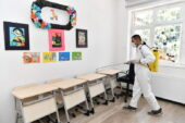 Yüz yüze eğitim öncesi Mamak'taki okullar dezenfekte ediliyor