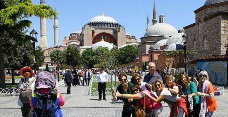 Turist Sayısı Yıllık Yüzde 95 Azaldı