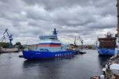 Nükleer Buzkıran Arktika Murmansk'a Doğru Yola Çıktı